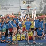 Slam-dunk pentru copii! Moga și Stănescu s-au duelat sub panou
